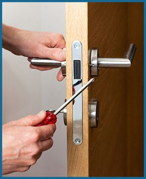South Collinwood OH Locksmith Store South Collinwood, OH 216-666-5002